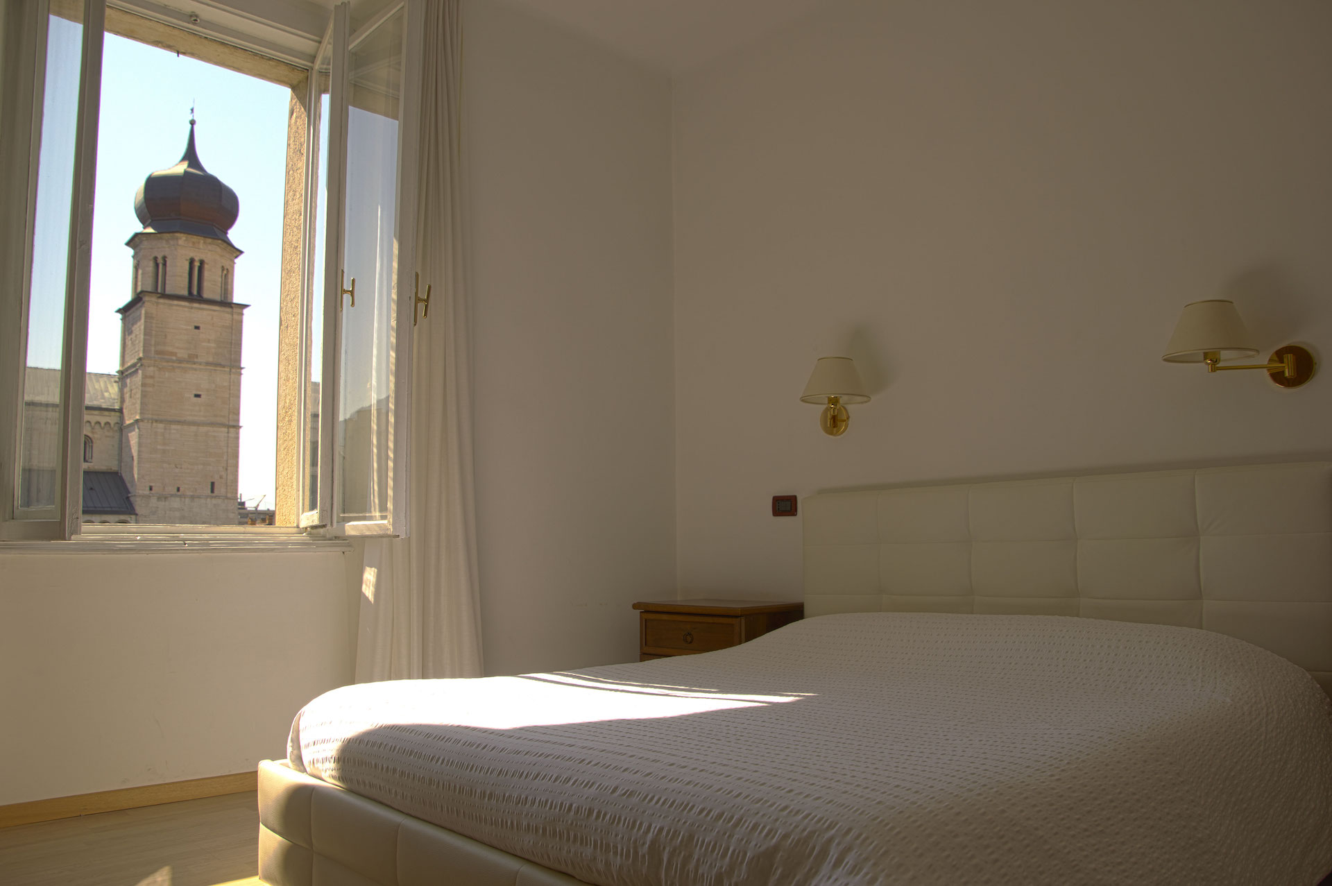 Double room - Piazza Duomo view